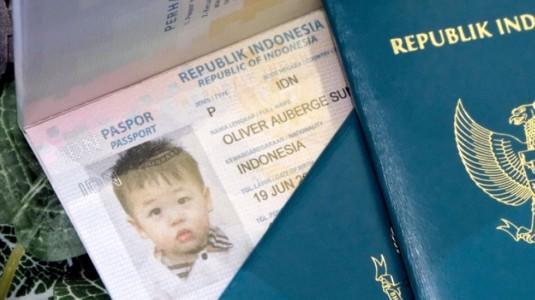 Mudahnya Bikin Paspor Anak!