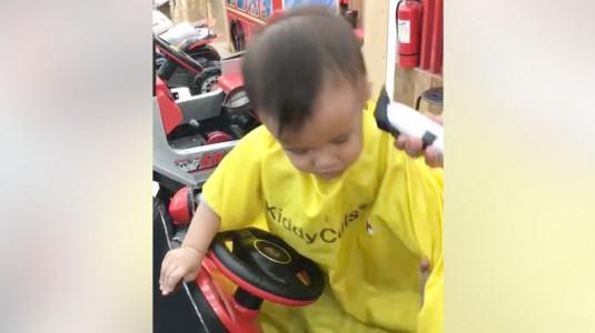 Pengalaman Pertama Kali Potong Rambut di Kiddy Cut