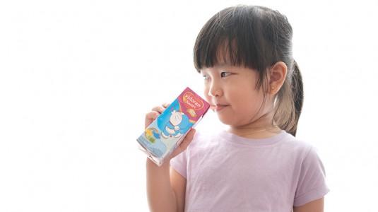 Kapan si Kecil Boleh Minum susu UHT