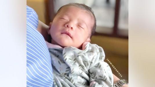 Mitos Seputar Merawat Bayi dan Penjelasannya