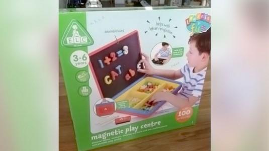 Toys Review: Magnetic Play Centre dari ELC