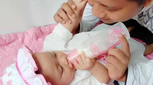 Kolik Anakku Hilang karena Botol Susu Anti Kolikku