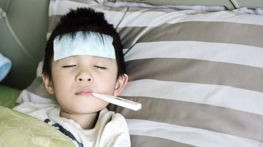 Berbahayakah Demam Pada Si Kecil?