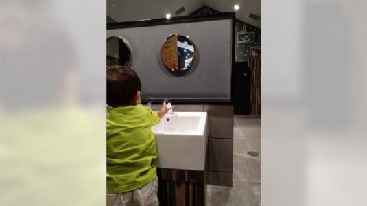 Tips Menjadikan Kegiatan Mencuci Tangan Menyenangkan untuk si Kecil