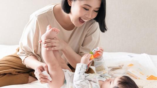 Babyo Review : MoMaMi, Tisu Basah untuk Setiap Kebutuhan si Kecil