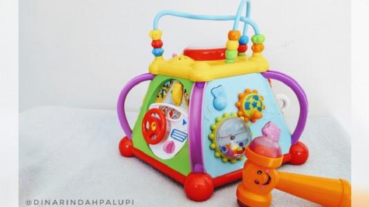 Review Happy Small World Joy Box - Baby Multifunction Box