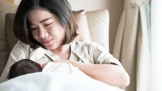 Cara Menyusui Yang Benar Untuk Optimalkan Asupan Nutrisi Bayi