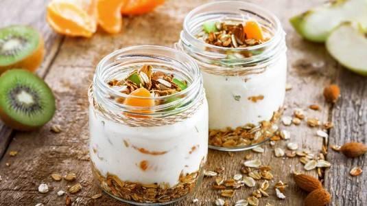 6 Manfaat Yogurt untuk Ibu Hamil dan Janin