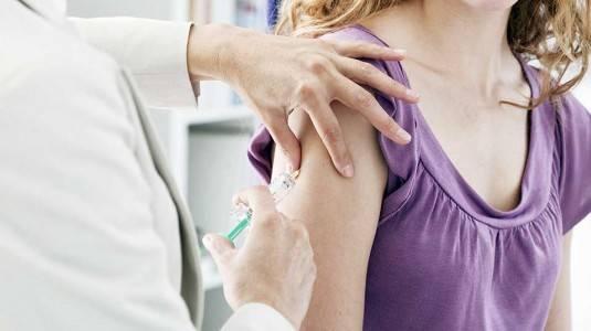 Bolehkah Melakukan Vaksin Serviks Setelah Menikah?