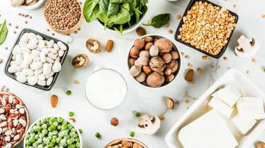 Makanan dan Nutrisi Penting Bagi Bumil