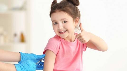 Manfaat dan Aturan Pemberian Vaksin HB 0 pada Anak