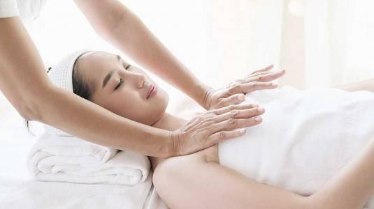 4 Perawatan Payudara Agar ASI Lancar