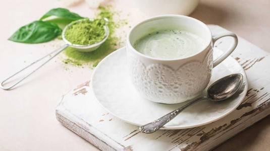 Ibu menyusui minum teh hijau, boleh atau tidak?
