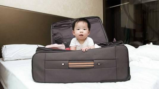 Tips Aman Bepergian dengan Bayi
