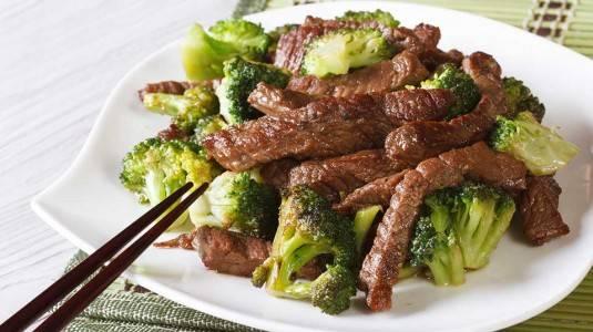 Beef Brocoli Jagung untuk si Kecil yang Susah Makan