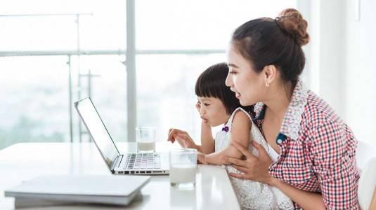 Bagaimana Cara Working Moms Membagi Waktu?