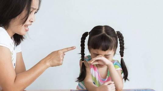 Bila Anak Melakukan Hal-hal Berbahaya, Apa yang Harus Dilakukan?