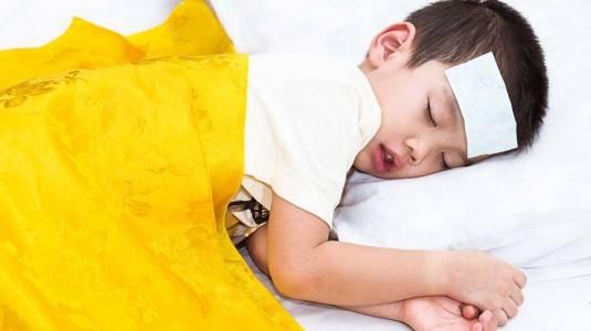 Tips Mengatasi Anak yang Demam