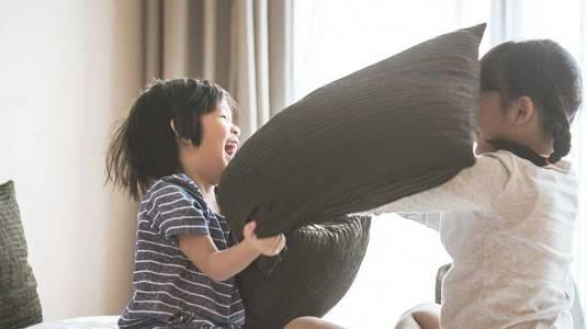 Kelebihan Punya Anak dengan Usia Berdekatan