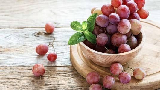 Khasiat Buah Anggur untuk Ibu Menyusui