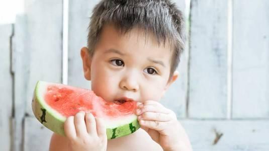 Bagaimana Sih Atasi Anak Susah Makan Buah?