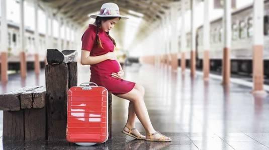 Bolehkah Travelling Saat Hamil 8 Bulan?
