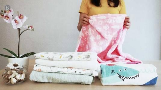 Babyo Review Towels by Little Palmerhaus