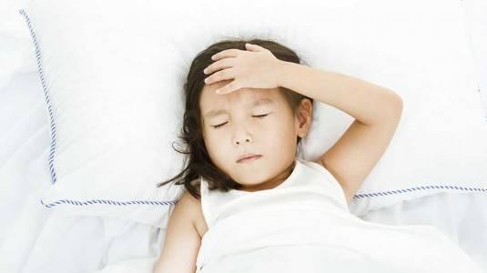 Menghadapi Anak Demam Tinggi