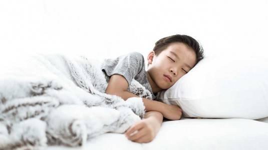 Bahayakah Sleep Walking pada Anak?