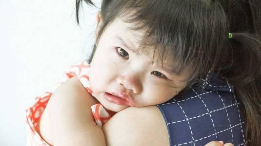 Mengapa si Kecil Sering Mengadu dan Bercerita Bertele-tele?