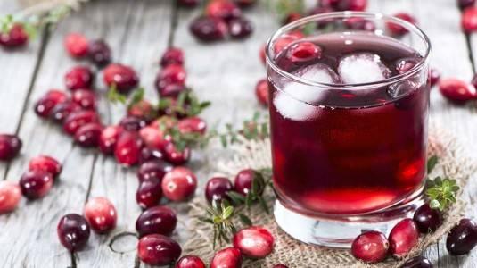Atasi ISK dengan Juice Cranberry Saat Hamil