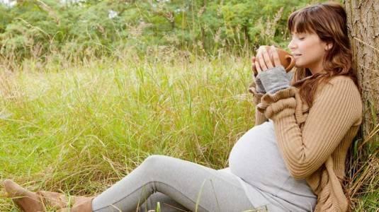 C-Section Berarti Bukan Ibu yang Sesungguhnya?