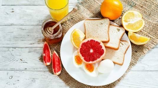 Prinsip Gizi Ketika Diet Hiperemesis Ibu Hamil