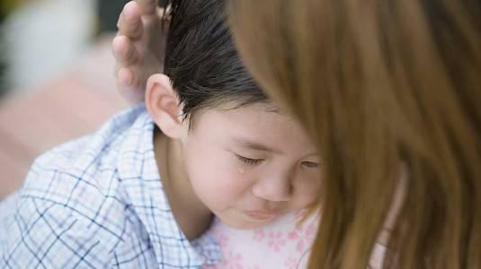 Hal yang Perlu Dilakukan Ketika si Kecil Memukul