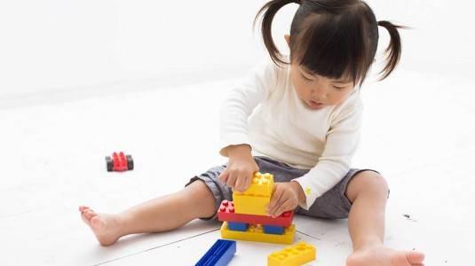 Bagaimana Mengajarkan Kebiasaan Hidup Sehari-hari Pada Anak?
