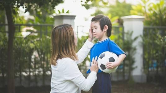 Cara Menangani si Kecil yang Suka Memukul