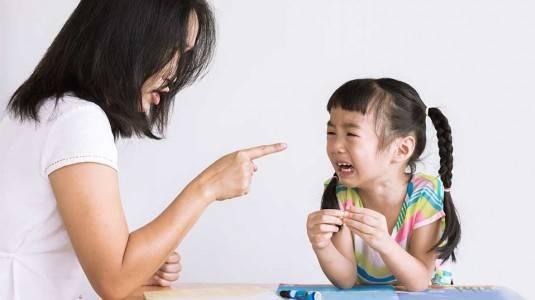 Cara Efektif Menegur Anak
