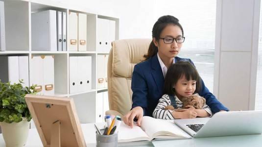 Pro dan Kontra Menjadi Working Mom