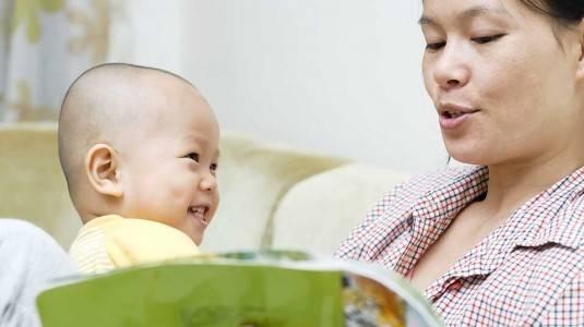 Bisakah Membacakan Buku untuk Bayi 0-6 Bulan?