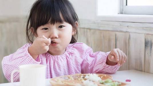 Tips Menaikkan BB Anak ala Mom Shela