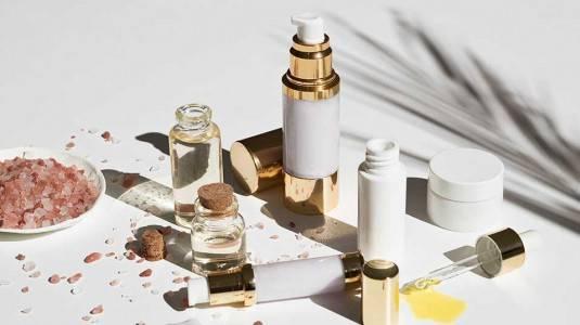 Kimia Berbahaya pada Skincare yang Harus Dihindari