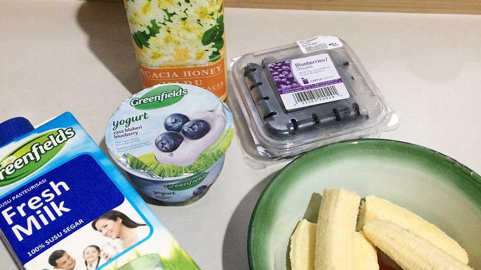 banana blueberry overnight oat