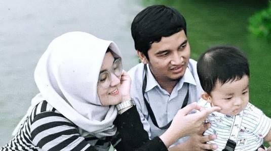 Sibuk Bekerja Membuat Ayah Susah Dekat dengan Anak?
