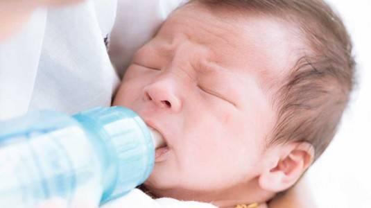 Tips Mencegah Kolik pada Bayi by Mom Halida