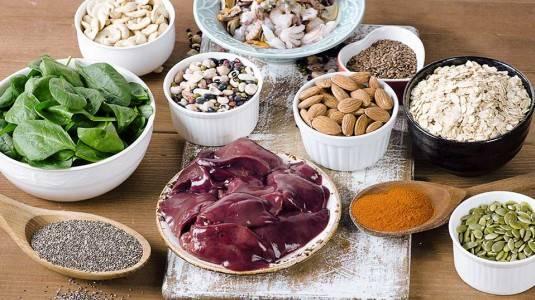Makanan dan Nutrisi Penting untuk Penambah Darah