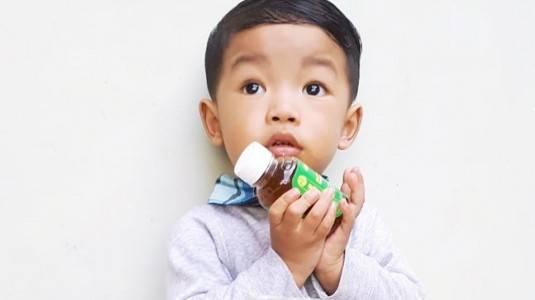 Review Madu Gizidat: Penambah Nafsu Makan Anak
