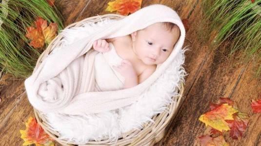 Jaga Kesehatan Kulit Bayi ala Mami Kartika