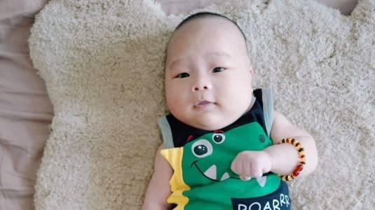 Bagaimana Cara Merawat dan Menyimpan Tali Pusar Bayi?
