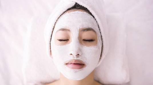 Tetap Cantik Saat Hamil dengan Skincare Alami