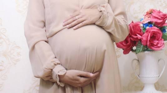 Pilih Perawatan Alami daripada Botox dan Filler saat Hamil